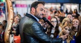 Flavio Massimo, attore e presentatore, detto anche lo scalda pubblico.