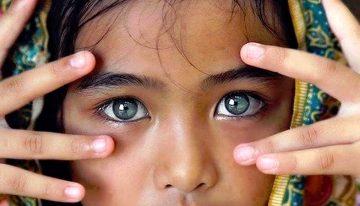 Guarda con gli occhi del cuore, ma osserva con la mente, avrai qualcosa in cui sperare…