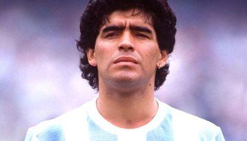 Diego Armando Maradona, nato in Argentina, ma di fatto un Napoletano