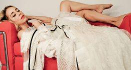 Esce il nuovo singolo dell'eclettica cantautrice AMALIA GRÉ