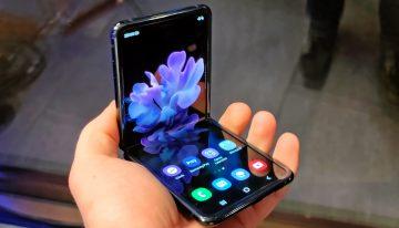 """Samsung Galaxy Z Flip: """"lo smartphone che si piega diventando davvero tascabile"""""""